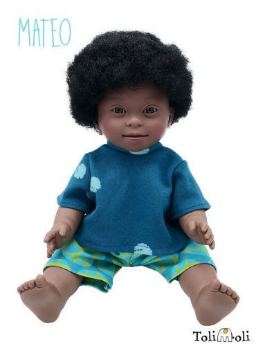 *Mateo* Black Doll with Down Syndrome, mit Afrohaaren